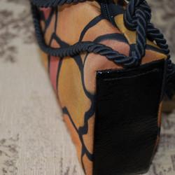 Дамска чанта от рисувана коприна