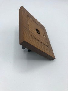 Priza TV trecere, Ovivo Grano, lemn masiv
