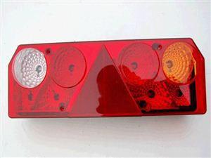 Lampa stop dreapta (cu mufa)