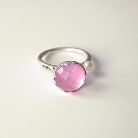 inel  din argint si granulatie aur 14k cu safir roz, sidef, cuart si perla de cultura