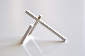 90° long bar sterling silver ring