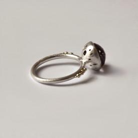 inel Sleeping Beauty din argint si granulatie aur 14k cu rubin si cuart