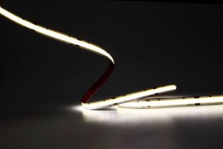 Banda LED COB aprinsa