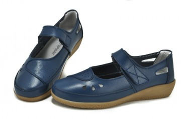 Pantofi albastri din piele naturala Leila