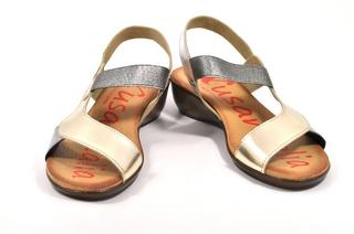 Sandale aurii Xusandalia din piele naturala DS23