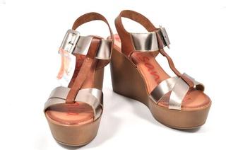 Sandale maro - aurii Xusandalia din piele naturala