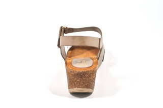 Sandale  bej Abril Flowers, din piele naturala
