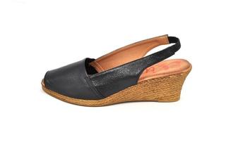 Sandale negre Xusandalia din piele naturala