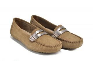Pantofi crem din piele naturala Ivone