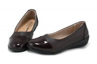 Pantofi maro cu varf de lac Celia