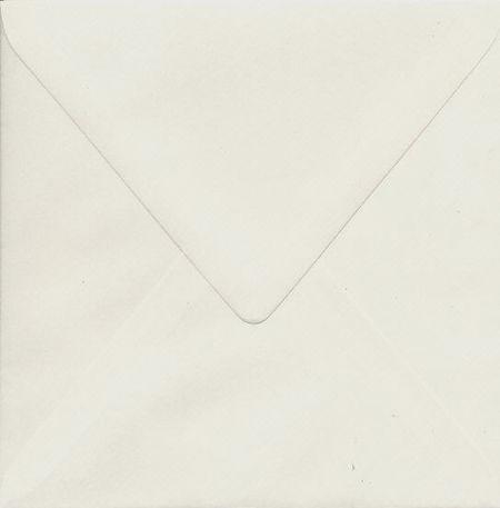 Envelop creme 14x14 cm (Locatie: k3)