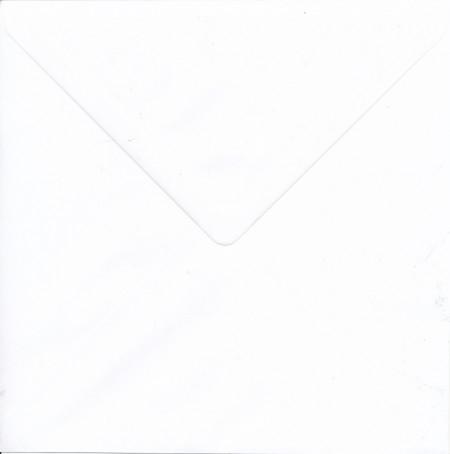 Envelop wit 21,4 x 21,4 cm (Locatie: K3)