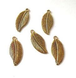 Metalen bedels bladeren goudkleur 28 x 13 mm 5 stuks 12419-1933 (Locatie: K3)