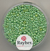 Rayher rocailles 2 mm lichtgroen 17 gr. 1406211 (Locatie: K3)