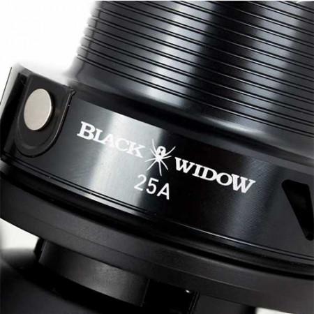 Mulineta Daiwa Black Widow 25A