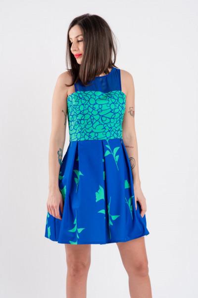 Rochie blue, Cannella