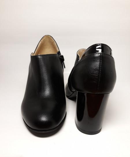 Pantofi negri piele naturala 3249 Guban