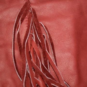Plic rosu franjuri piele naturala Comino