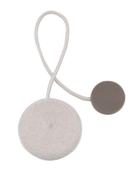 Brosa alba pentru perdea cu magnet