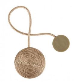 Brosa pentru perdea cu magnet