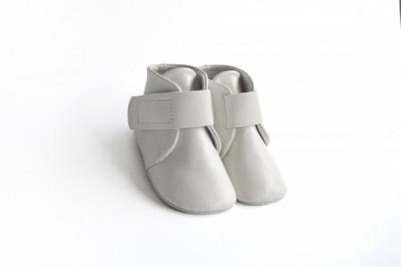 Slika Kožne duboke cipele za bebu / bele