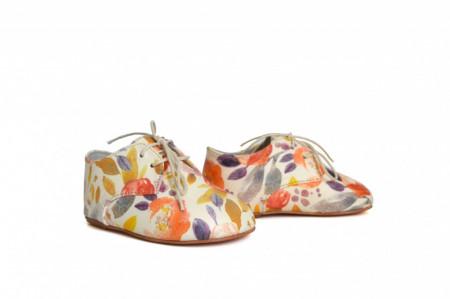 Slika Kožne dečije cipele / cvetne