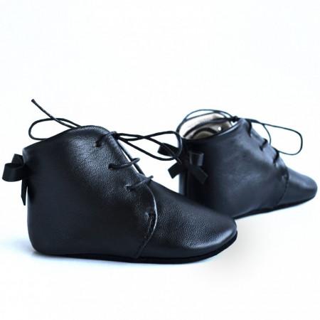 Duboke cipele za bebu / crne