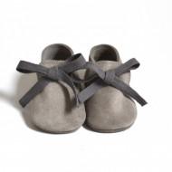 Kožne mokasine za bebu / sive