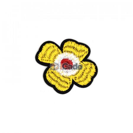 Floare brodata 6x5.5cm