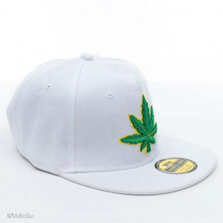Șapcă logo Marijuana albă poza 2
