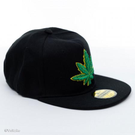 Șapcă logo Marijuana neagră poza 1