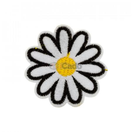 Floare brodata 4.5x4.5cm