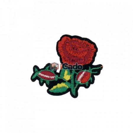 Trandafir Brodat 7.5 x 6.5 cm