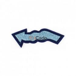 Emblemă brodată în formă de săgeată