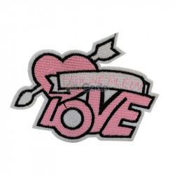 Emblema brodata cu mesaj Love 11x8.5cm