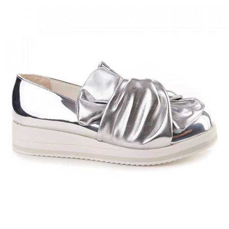 Sneakers trendy Samantha Arginto