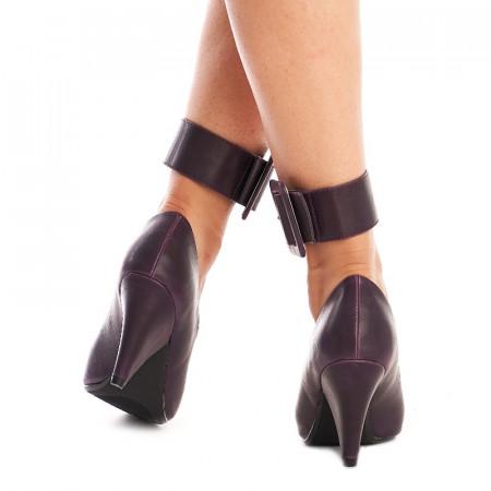 Pantofi cu toc gros si curea pe glezna inclusa Amalia mov