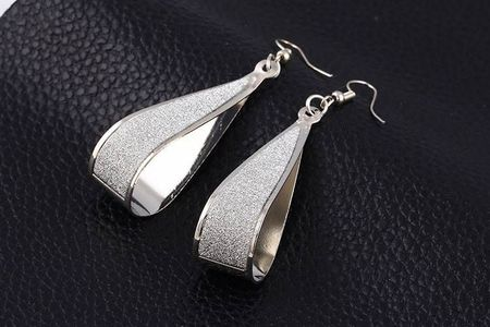 Cercei trendy Alma argintii