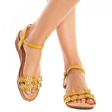 Sandale lejere cu platforma joasa Andra giallo