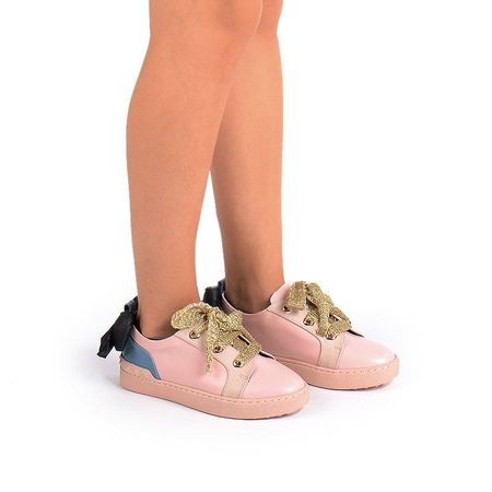 Tenesi la moda cu funda roz Adria