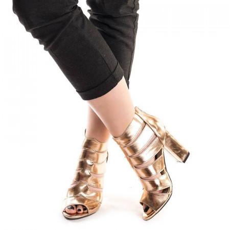 Sandale cu toc si barete romane Mia