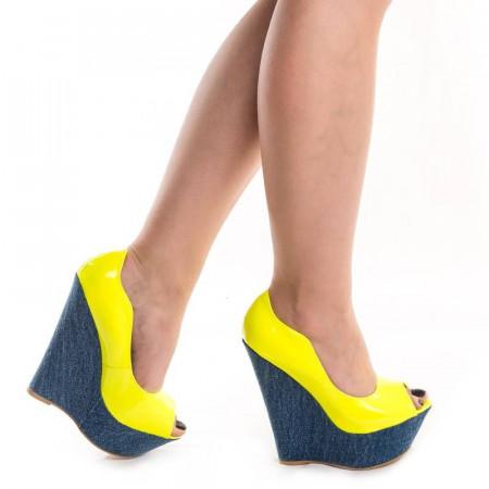 cumpărare acum cauta moda designerului Pantofi cu platforma chic Adona