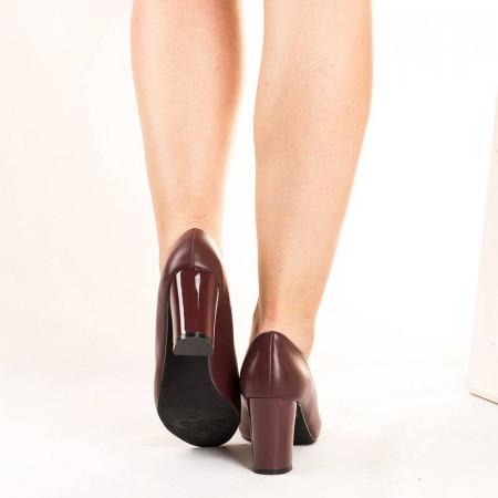 Pantofi office cu toc gros comod Natalia maro
