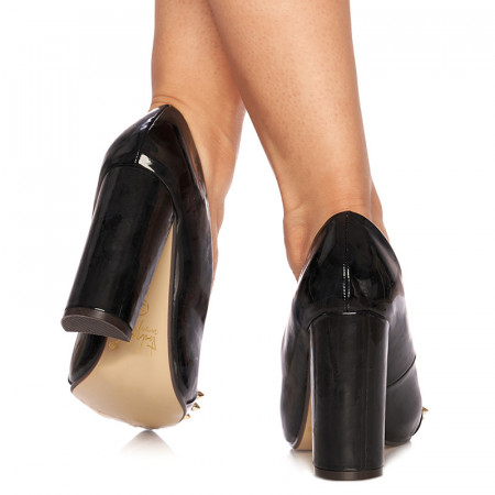 Pantofi stiletto cu toc inalt din lac Giustina negru