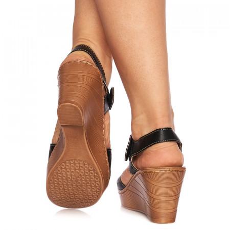 Sandale cu platforma Giulietta