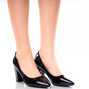 Pantofi dama din lac cu toc mediu gros Rita negru