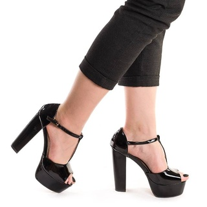 Sandale cu toc gros si platforma Melissa