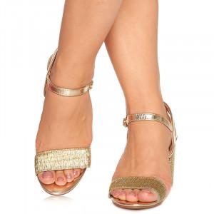 Sandale de ocazie cu toc mediu Rebeca auriu