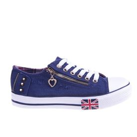 Tenisi UK too blue