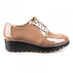 Pantofi cu platforma din lac Leta matar